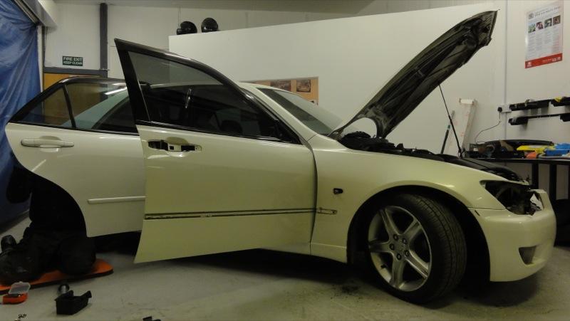 Toyota-altezza-296