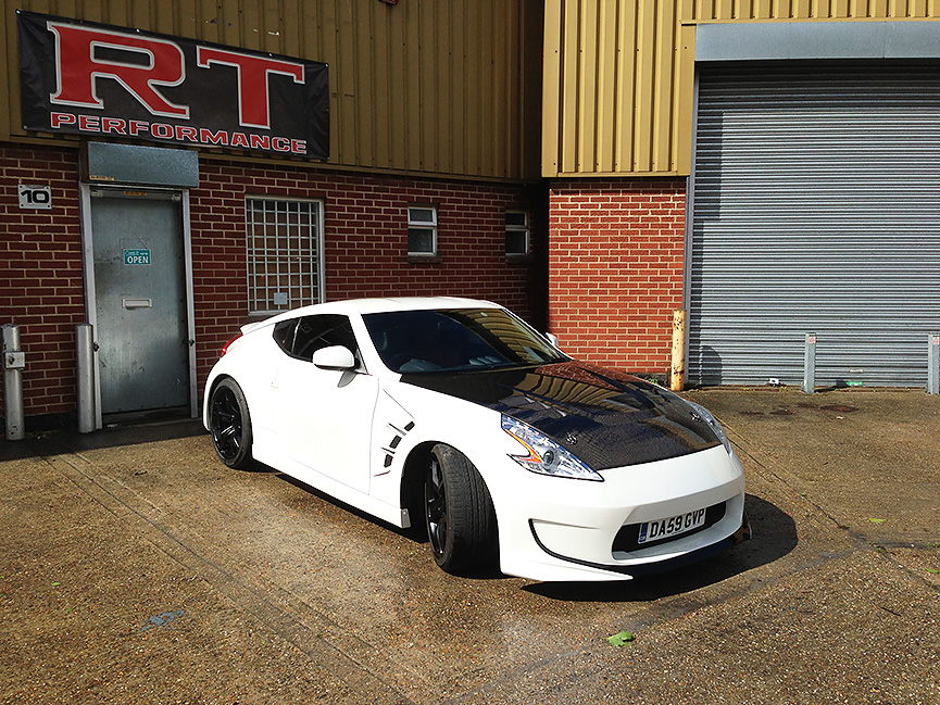 Nissan 370z in UK
