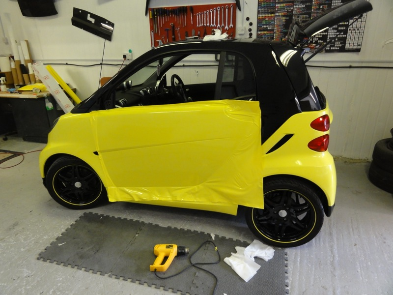Black-and-Yellow-Smart-3