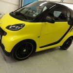 Black and Yellow Smart – Alloy Black Wheels & Vinyl Wrap