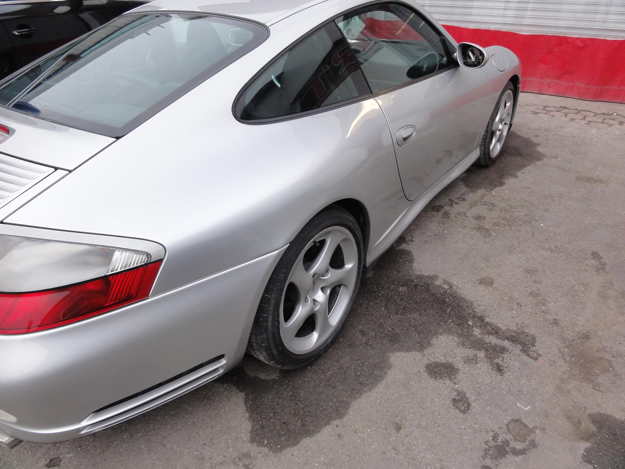 Porsche-996-side-repair-4