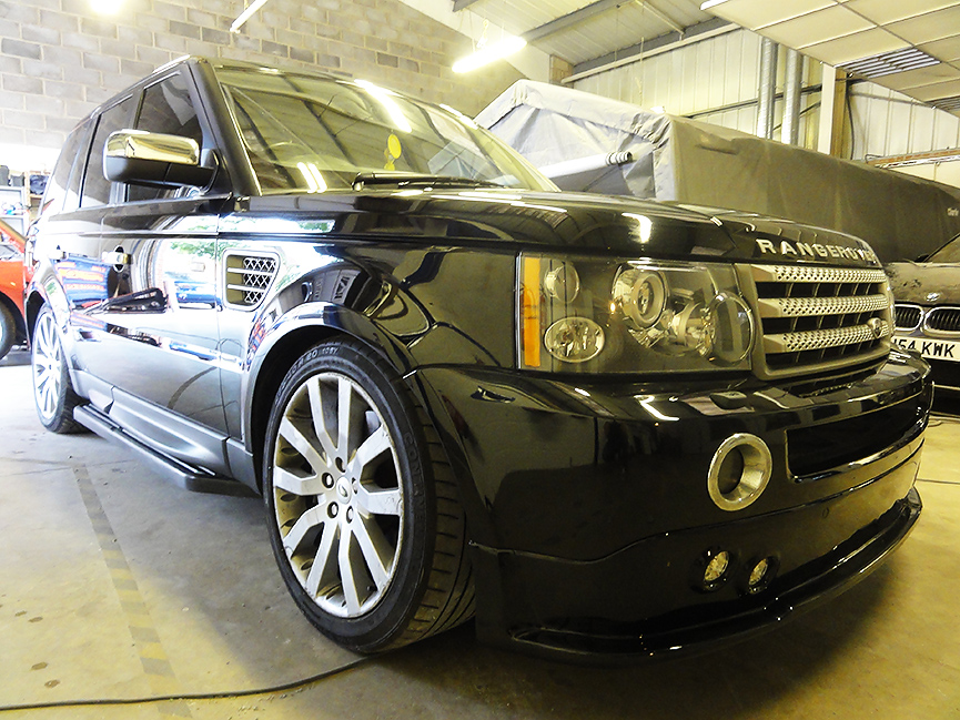 Range-Rover-body-work-1