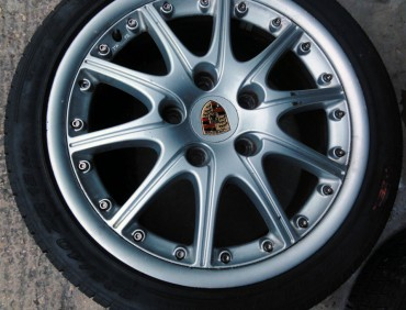 Alloy Wheel Refurbishment in london at rt performance