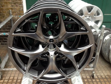 alloy wheel refurb in london at rt performance