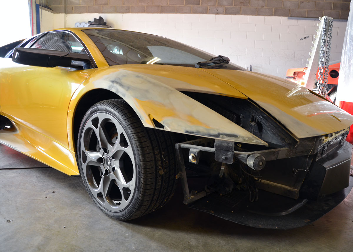 lamborghini-accident-repairs-in-london-at-rt-performance