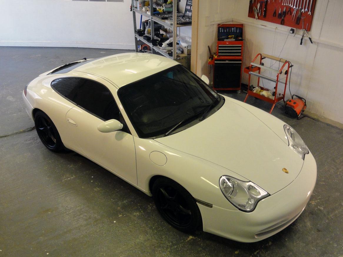 porsche 911 high quality cars garage. Black Bedroom Furniture Sets. Home Design Ideas