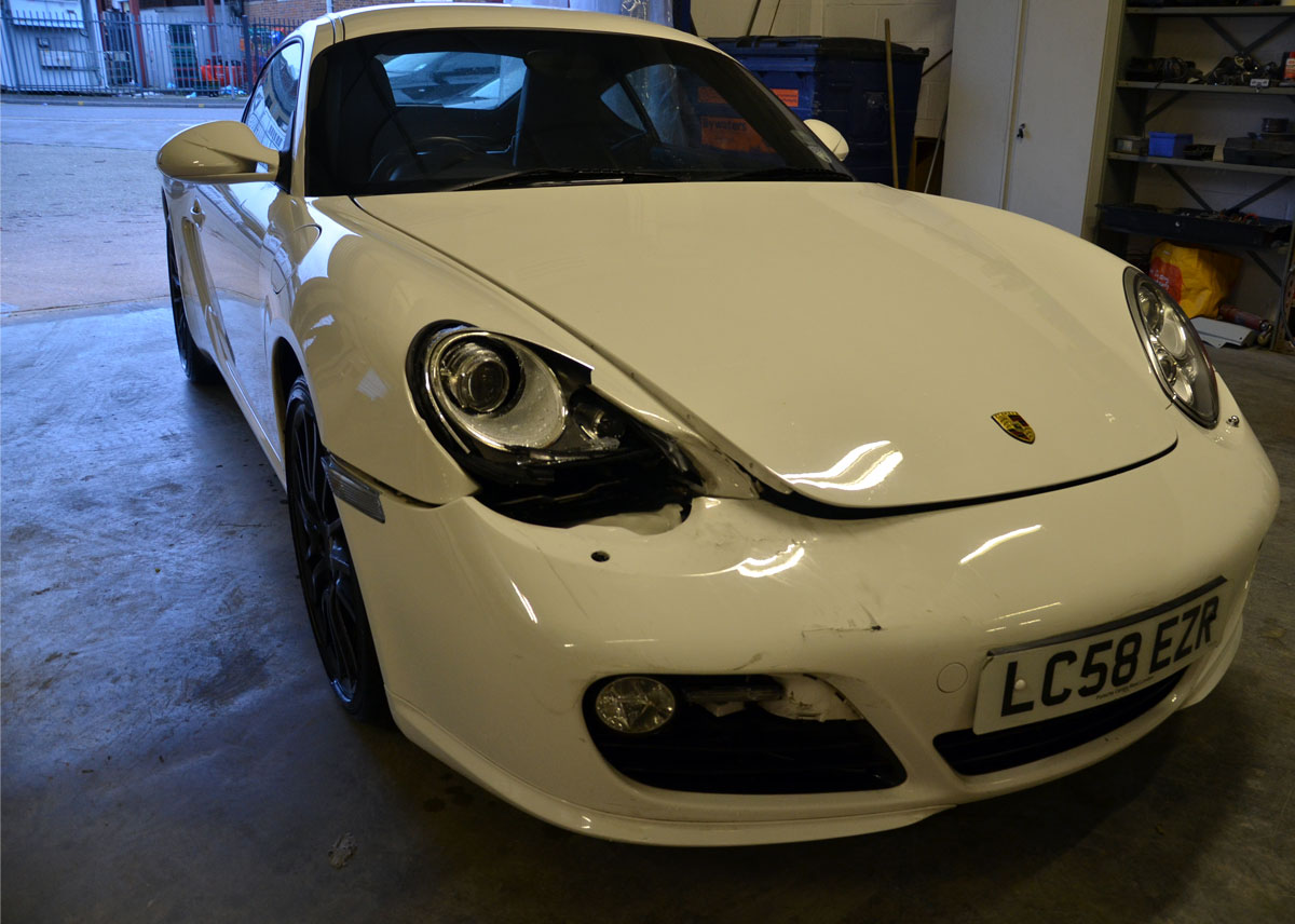 porsche-accident-repairs-in-london-at-rt-performance